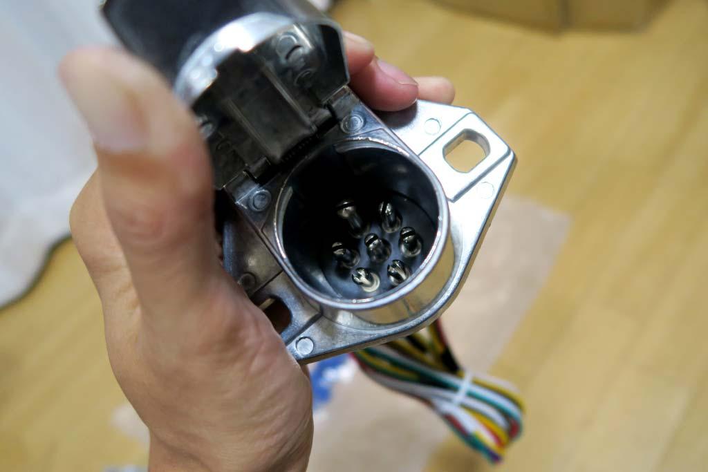 7極配線コネクターソケット